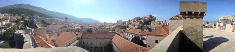 Dubrovnik-wall-walls